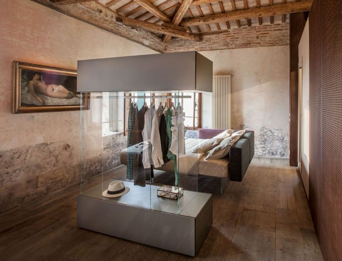 Minimalistyczna sypialnia Lago