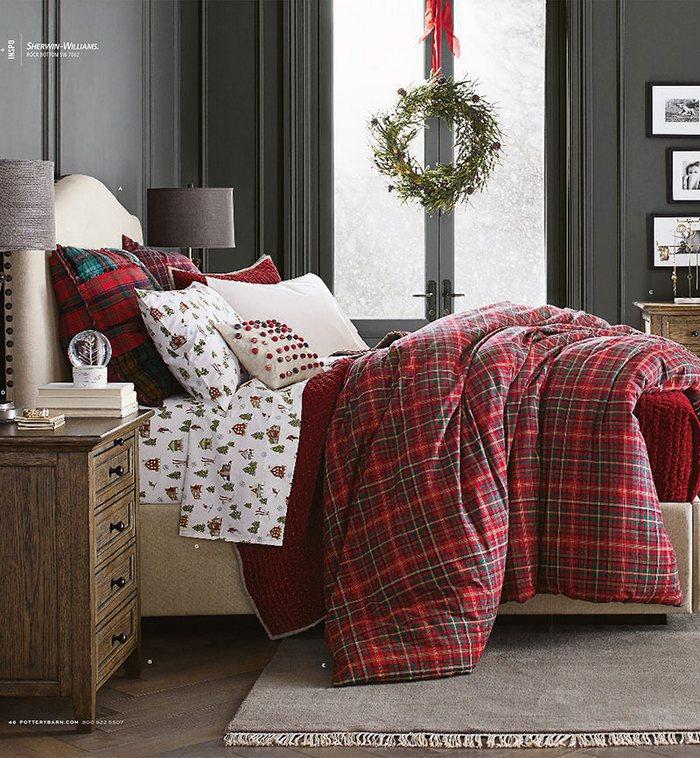 Świąteczna aranżacja sypialni Pottery Barn