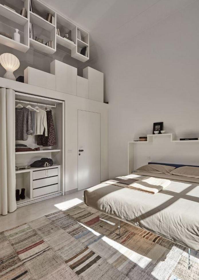 Sypialnia z systemem przechowalniczym Lago