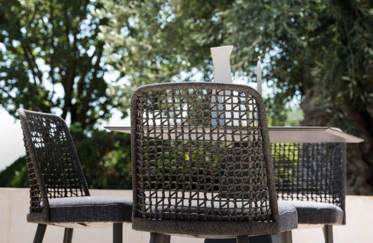 Detal oparcia – krzesło ogrodowe Varaschin