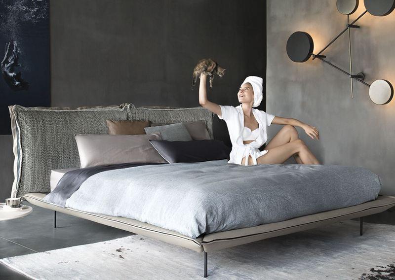 Sypialnia w ciemnej tonacji - aranżacja Arketipo Firenze
