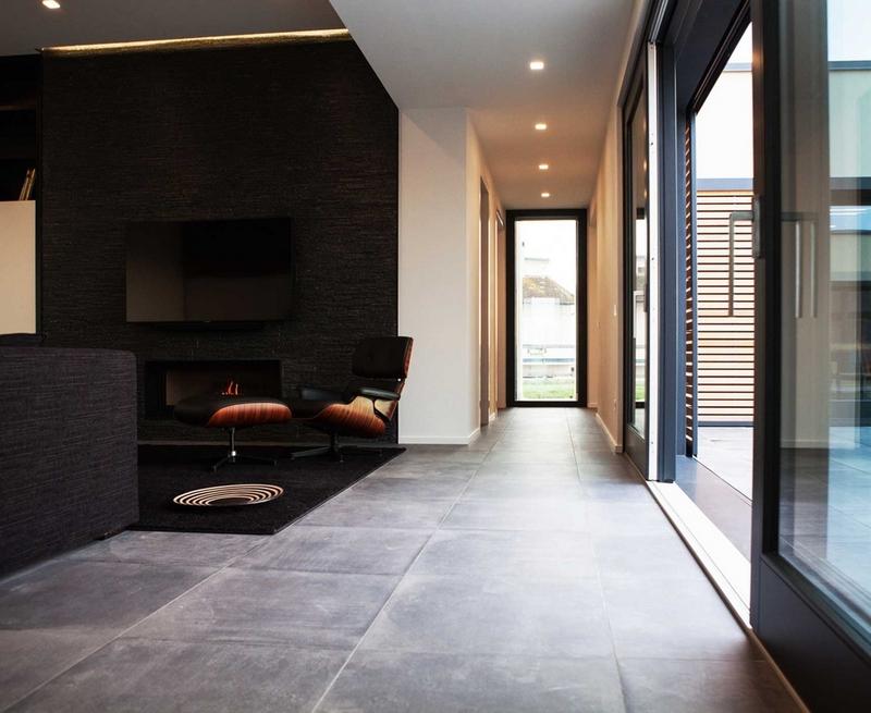 Płytki podłogowe imitujące antracytowy kamień; Casalgrande Padana