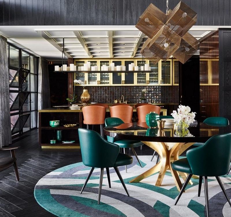 Złote elementy w aranżacji salonu; Covet House