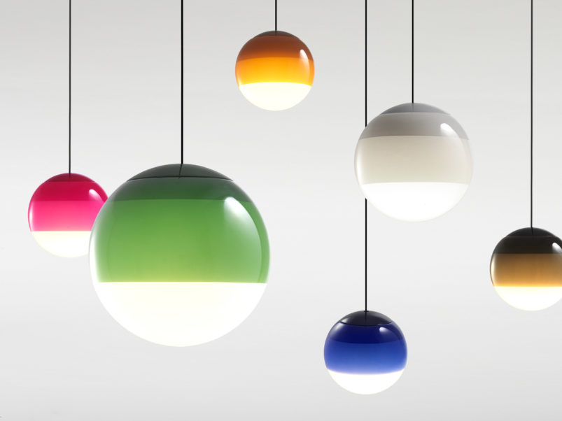 Wielobarwne lampy w kształcie kuli Marset