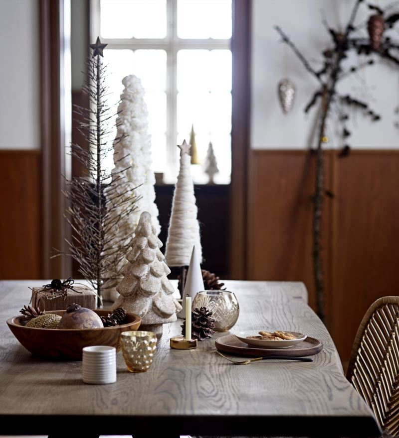 Wystrój świąteczny jadalni Bloomingville