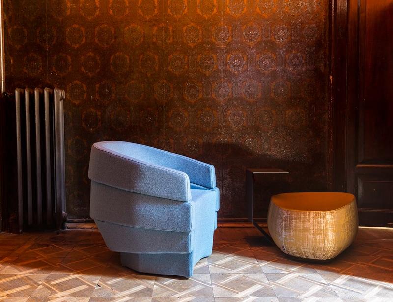 Designerski fotel do salonu Rift / Moroso