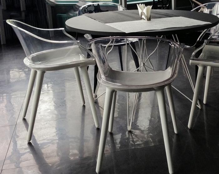 Nowoczesne krzesła jadalniane Cyborg Magis / Marcel Wanders