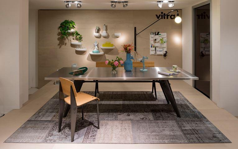 Wzorzysty dywan do jadalni G.T. Design