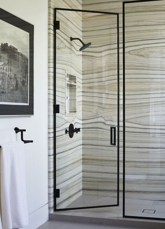 Trendy łazienkowe: industrializm; Barta Interiors