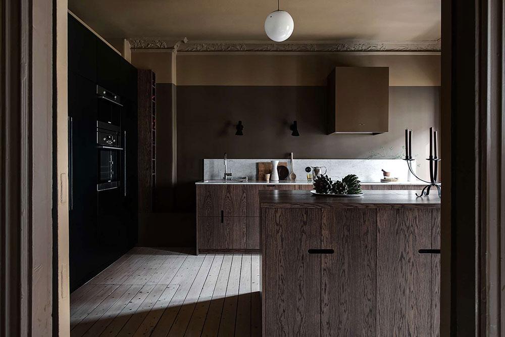 Ciemna drewniana kuchnia https://www.alvhem.com/