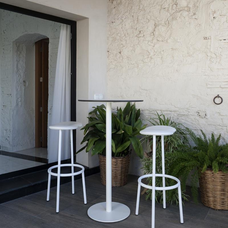Ogrodowe rodzaje krzeseł wysokich Capdell