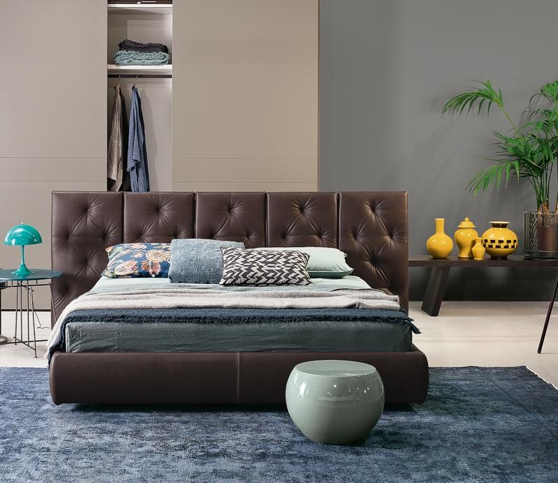 Łóżko z dużym wezgłowiem Flexteam