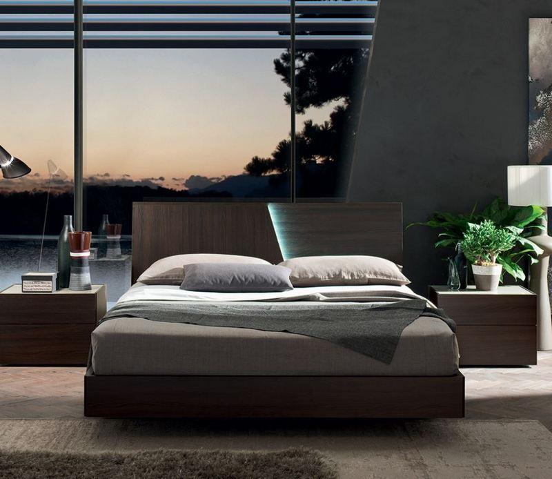Łóżko z podświetlonym wezgłowiem Maronese ACF