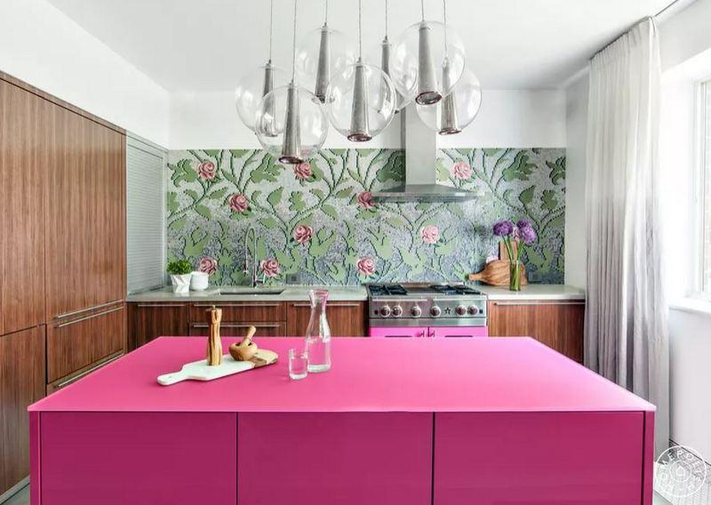 Kuchnia z różowymi elementami; Homepolish