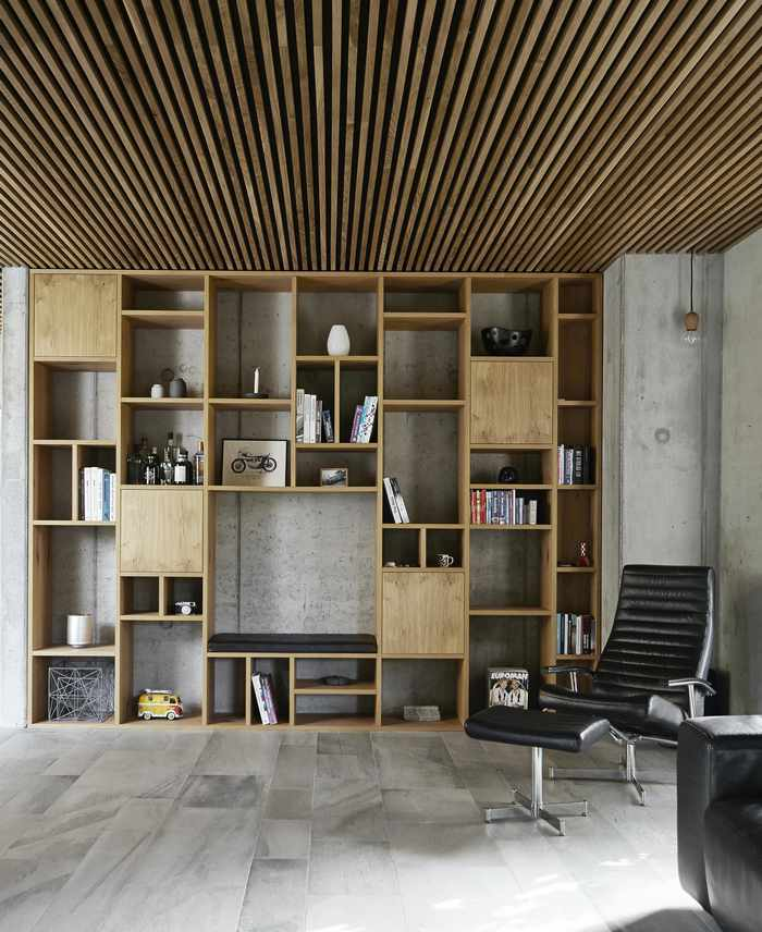Salon w drewnie; Mia Mortensen